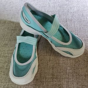 Lands End Girls Water Shoes
